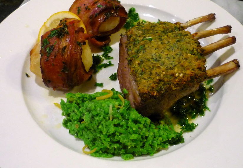 Herb Crusted Roast Lamb : Rack of Lamb
